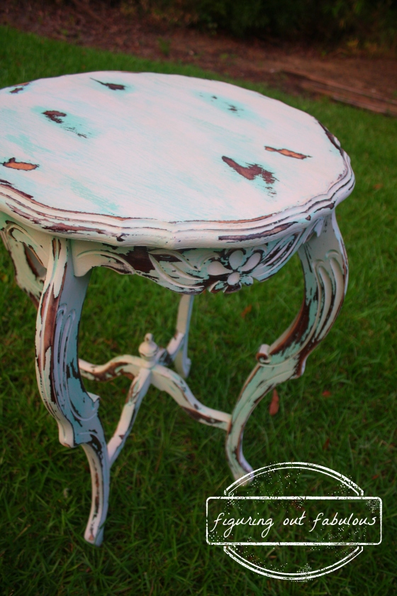 teal flower table2