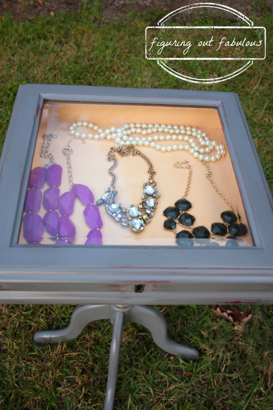 jewelry table4
